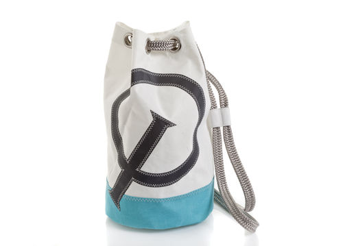Small size sailor bag made of recycled sailcloth.