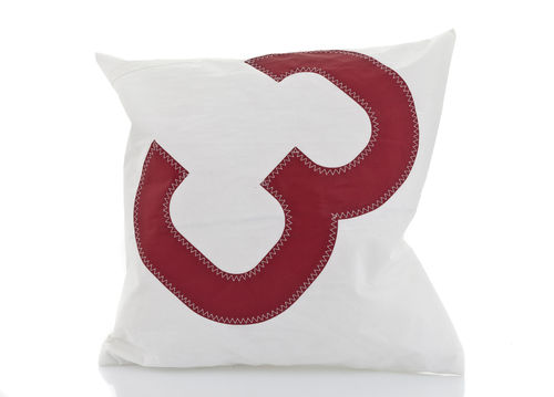 Cushion 50X50 made of recycled sailcloth.