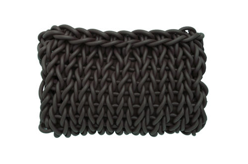 EASY - Clutch in Neoprene yarn. Hand knitted.