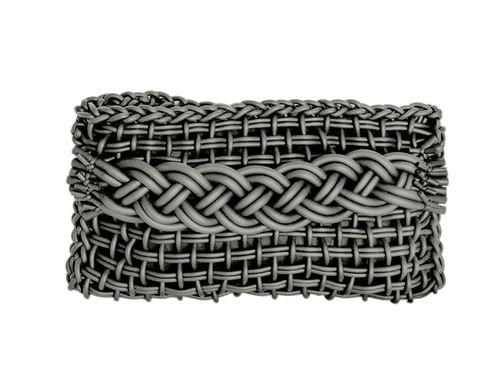 TWISTY - Clutch in Neoprene yarn. Hand knitted.