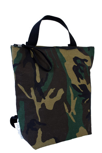 Handle bag / Backpack in CAMOUFLAGE FABRIC and cellulose fiber.