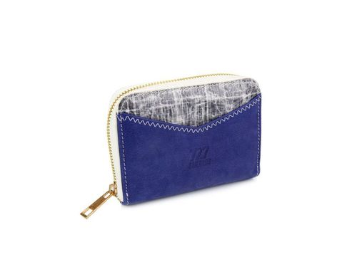 Woman Wallet & Card holder made of recycled sailcloth.
