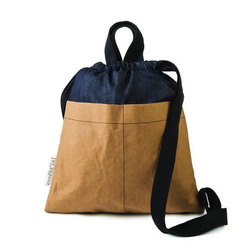 Sac bag in thick cellulose fiber and denim fabric.