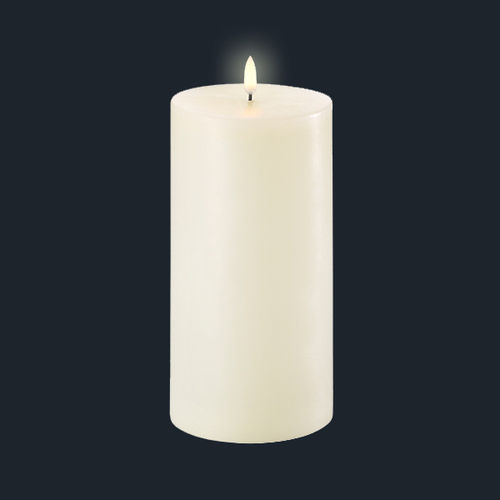 LED light wax CANDLE - size 10,1 X 23,10 cms -